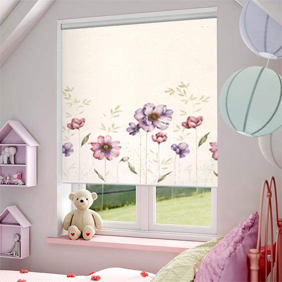 Một số điều cần biết về rèm cuốn cửa sổ cho không gian hiện đại